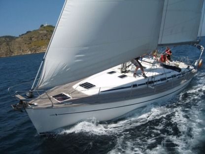 Charter Sailboat Bavaria 44 Fezzano