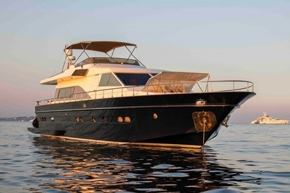 Location Yacht ASTONDOA Astondoa Fly 72 Cannes