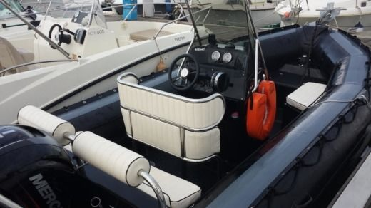 Sillinger 580 Rib Um Vp in Canet-en-Roussillon for hire