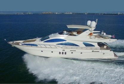 Charter Motorboat Azimut 80 Bar