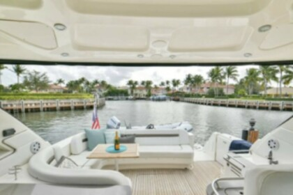 Charter Motorboat Sea Ray 52 Sunseeker Palm Beach