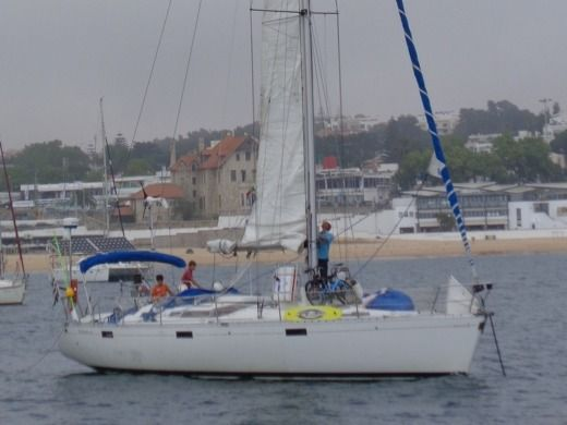 Charter sailboat in Pont-Aven peer-to-peer
