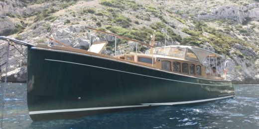 Latitude46 Andreyale40 in Cassis