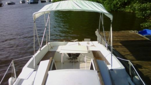 Motorboat Gibert Marine Serenita 55 for hire