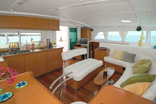 Location Catamaran Lagoon 440 Le Marin