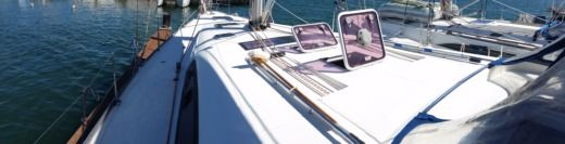 Sailboat Beneteau Oceanis 50.5