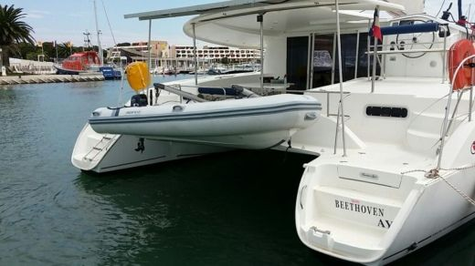 FOUNTAINE PAJOT Orana 44 in Ajaccio for hire