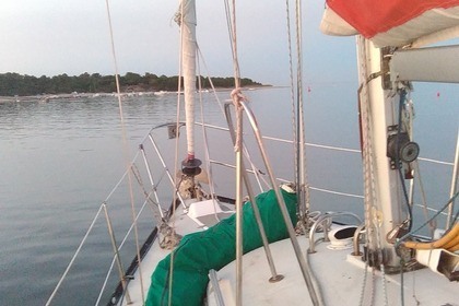 Rental Sailboat DUFOUR 3800 Rochefort