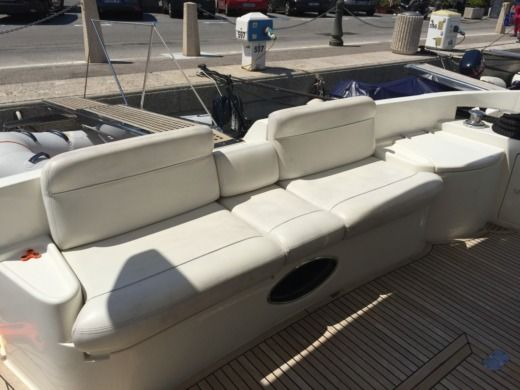Motorboat Azimut 55 Fly for rental