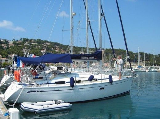 Charter sailboat in Saint-Mandrier-sur-Mer peer-to-peer