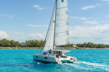 Rental Catamaran LAGOON 42 Saint George's