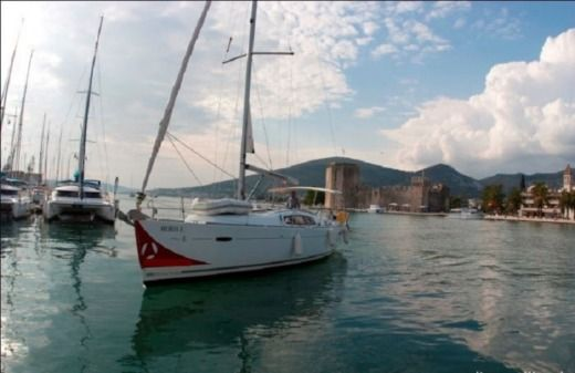 Beneteau Oceanis 43 in Dubrovnik for hire