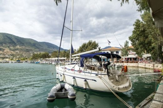 Charter sailboat in Vasiliki