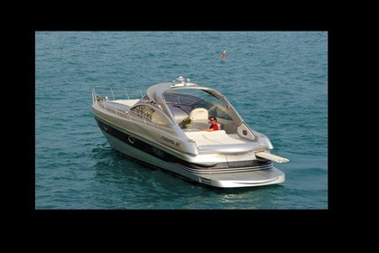 Hire Motorboat PERSHING 37 Amalfi