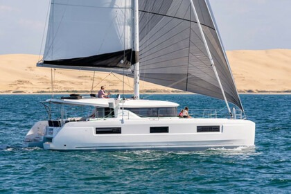 Hire Catamaran Lagoon Lagoon 46 Saint Vincent and the Grenadines