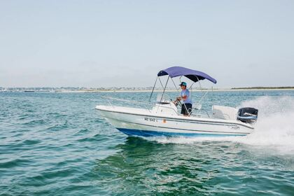 Charter Motorboat Boston Whaler 24 Nantucket