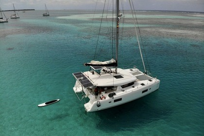 Hire Catamaran Lagoon Lagoon 42 San Blas Islands