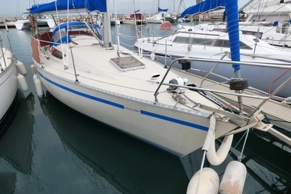 Rental Sailboat BENETEAU First 28 PTE Kervignac