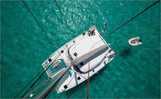 Catamaran Nautitech 40 Open for hire