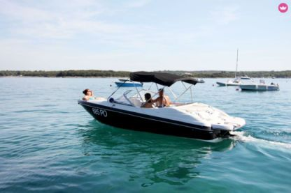 Rental Motorboat Starcraft 182 Vectra Vrsar