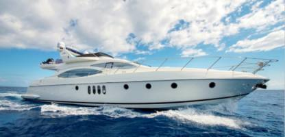 Charter Motorboat Azimut 68 Plus Flybridge Chalkidiki