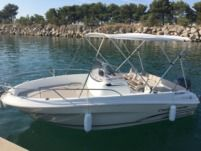 Jeanneau Cap Camarat 5.5 Style in Marseille for hire