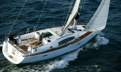 Rental Sailboat Beneteau 40 Menorca