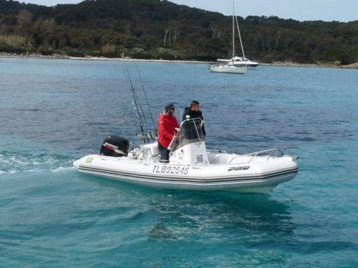 Zodiac Pro 550 Open in Hyères for hire