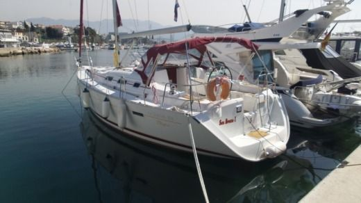 Charter sailboat in Split peer-to-peer