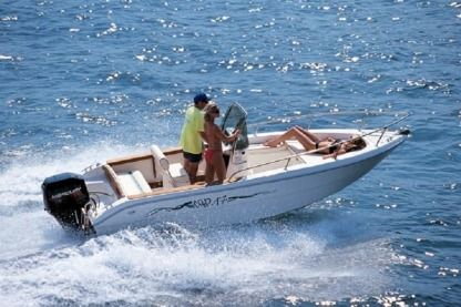 Charter Motorboat Capelli 17 Open Savona