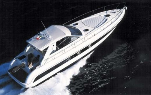 Rental motorboat in Nice