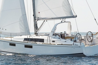 Miete Segelboot BENETEAU Oceanis Exclusive 35.1 Tarent