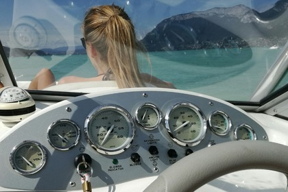 Hire Motorboat BAYLINER 175 Annecy