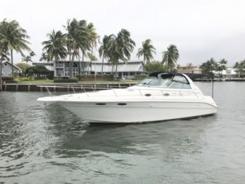 Charter Motorboat Sea Ray Sundancer Fort Lauderdale