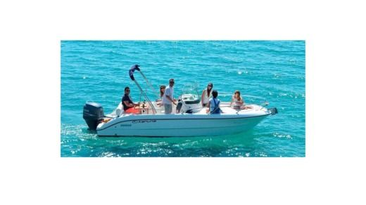 Motorboat Sessa Marine Key Largo peer-to-peer