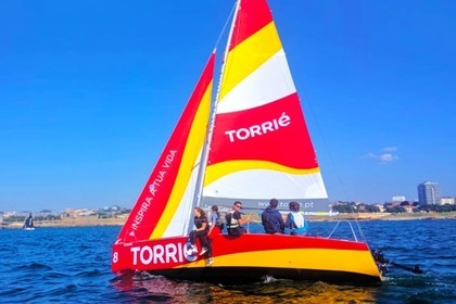 Rental Sailboat Beneteau Torrié Porto