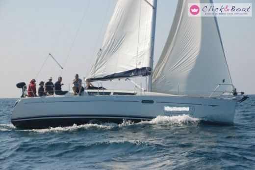 JEANNEAU Sun Odyssey 36i in La Rochelle for hire