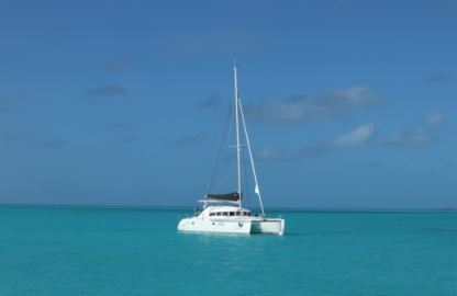 Location Catamaran Lagoon 380 Infinity Nassau
