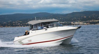 Charter Motorboat Beneteau Antares 7.80 Alicante