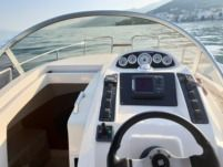 Motorboat Mano Marine 23.10 Wa for hire