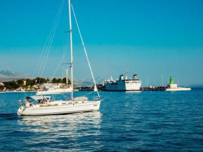 Charter Sailboat Beneteau Cyclades 43.4 Split
