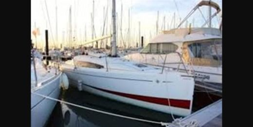 Sailboat Jeanneau Sun Fast 3200 for hire