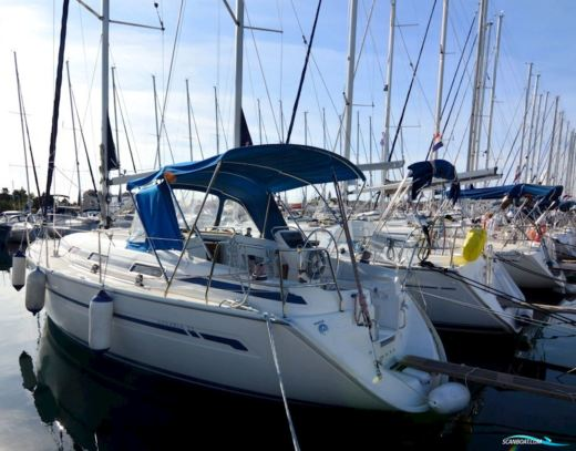 Charter Sailboat Bavaria 32 Athens