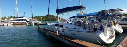 Charter sailboat in Sint Maarten peer-to-peer