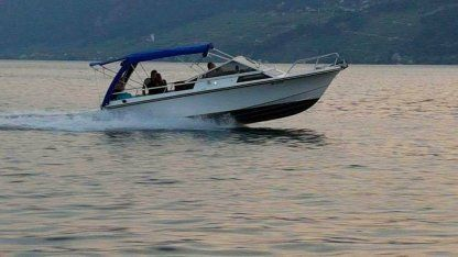 Charter Motorboat Norway Windy 22R Hvar