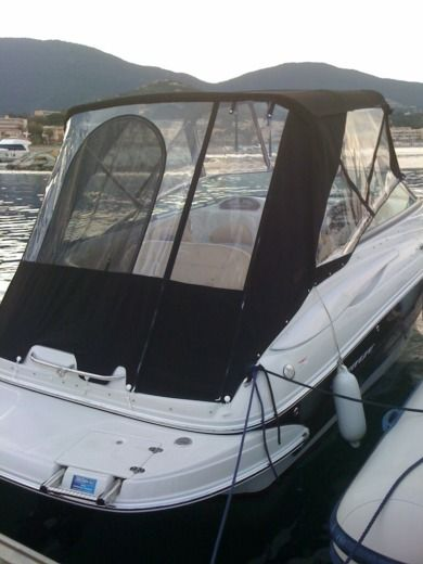 Crownline 236 Sport Cuddy in Mandelieu-La Napoule for hire