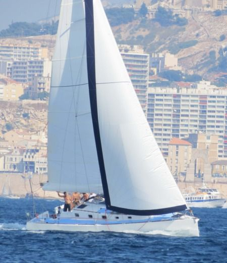 Sailboat Plan Reard Phil 43 for hire