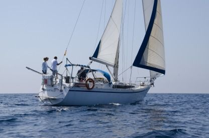 Rental Sailboat Puma 37 Barcelona