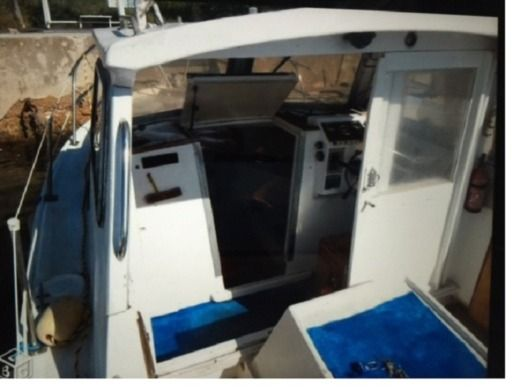 Motorboat Cnm Cap Martin for hire