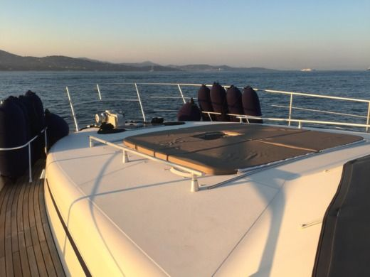 Charter motorboat in Ajaccio